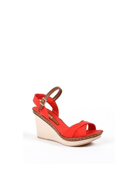 Sapin Dolgu Topuklu Sandalet Kırmızı